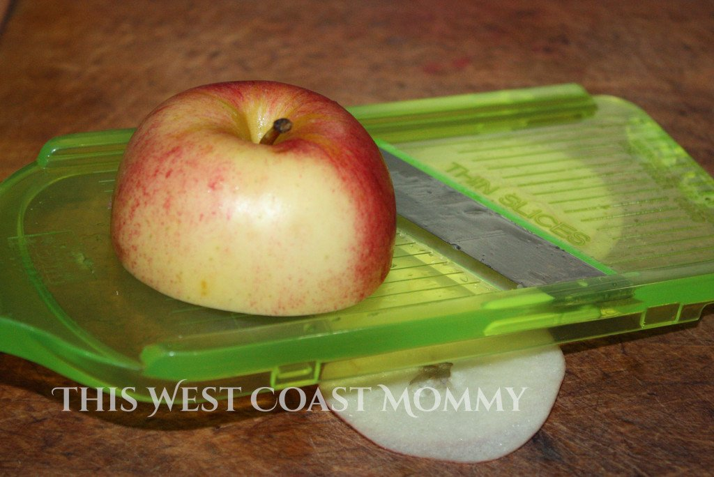 Apple Chips #Recipe - This West Coast Mommy