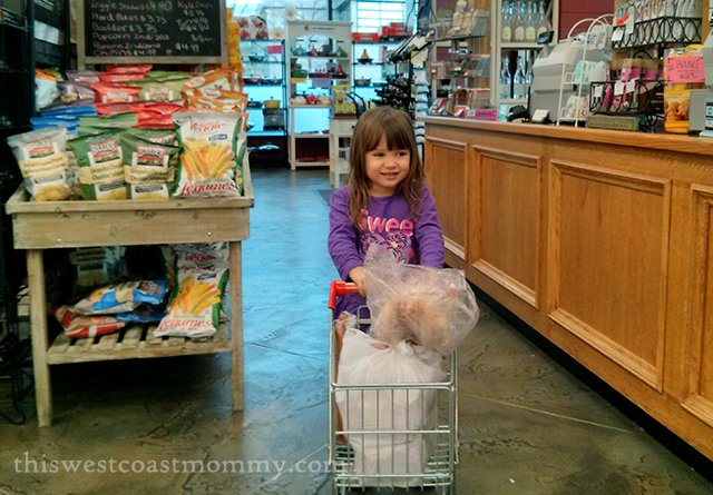 Wordless Wednesday: Grocery Shopping | This West Coast Mommy