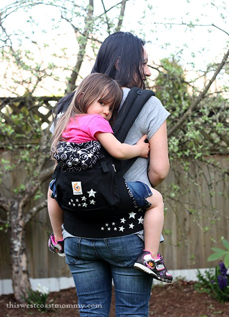Ergobaby Original Carrier Babywearing Review - back carry with 4 year old, 36 lbs.