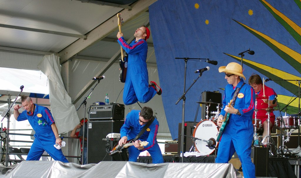 Imagination Movers in concert!