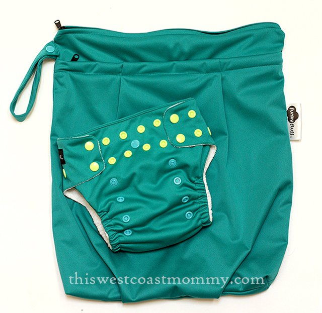 Funky Fluff bamboo diaper and wet bag review
