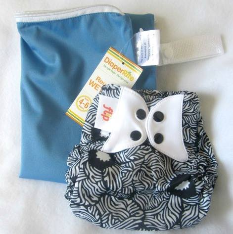 Zephyr Hill - flip cover and diaper rite wet bag