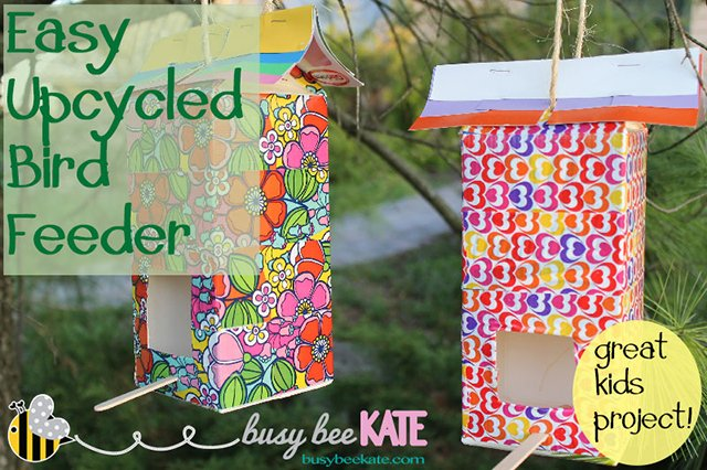 Easy Upcycled Bird Feeder from Busy Bee Kate