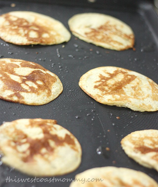 how to make coconut pancakes without eggs
