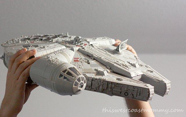 Battle Action Millenium Falcon