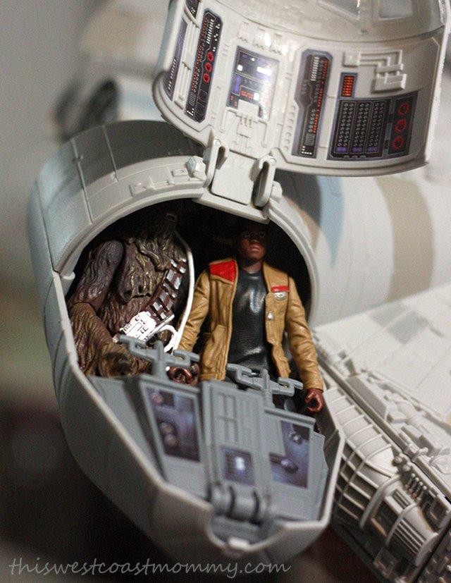 Millenium Falcon cockpit