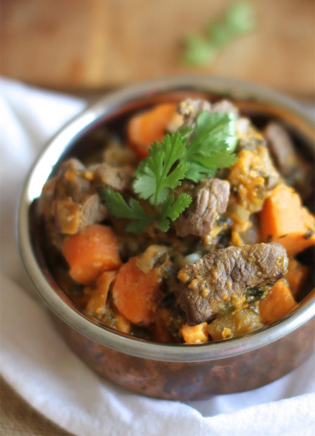 Lamb and Apricot Curry