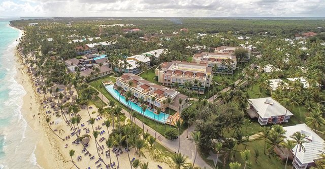 Aerial view of the stunning Grand Palladium Bávaro Suites Resort & Spa