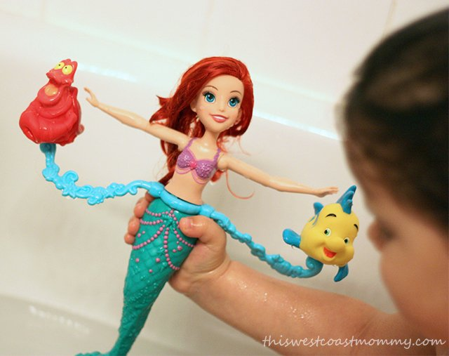 Disney Princess Spin & Swim Ariel - play